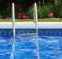 Specialiștii ANSP atenționează asupra măsurilor de prevenire a intoxicațiilor cu vapori de clor din apa bazinelor de înot!